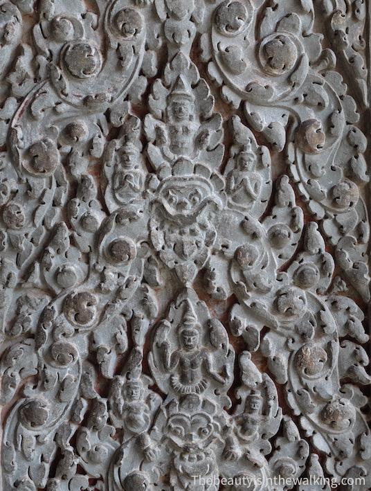 sculpture Angkor wat.JPG