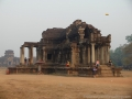 Devant le Angkor wat.JPG
