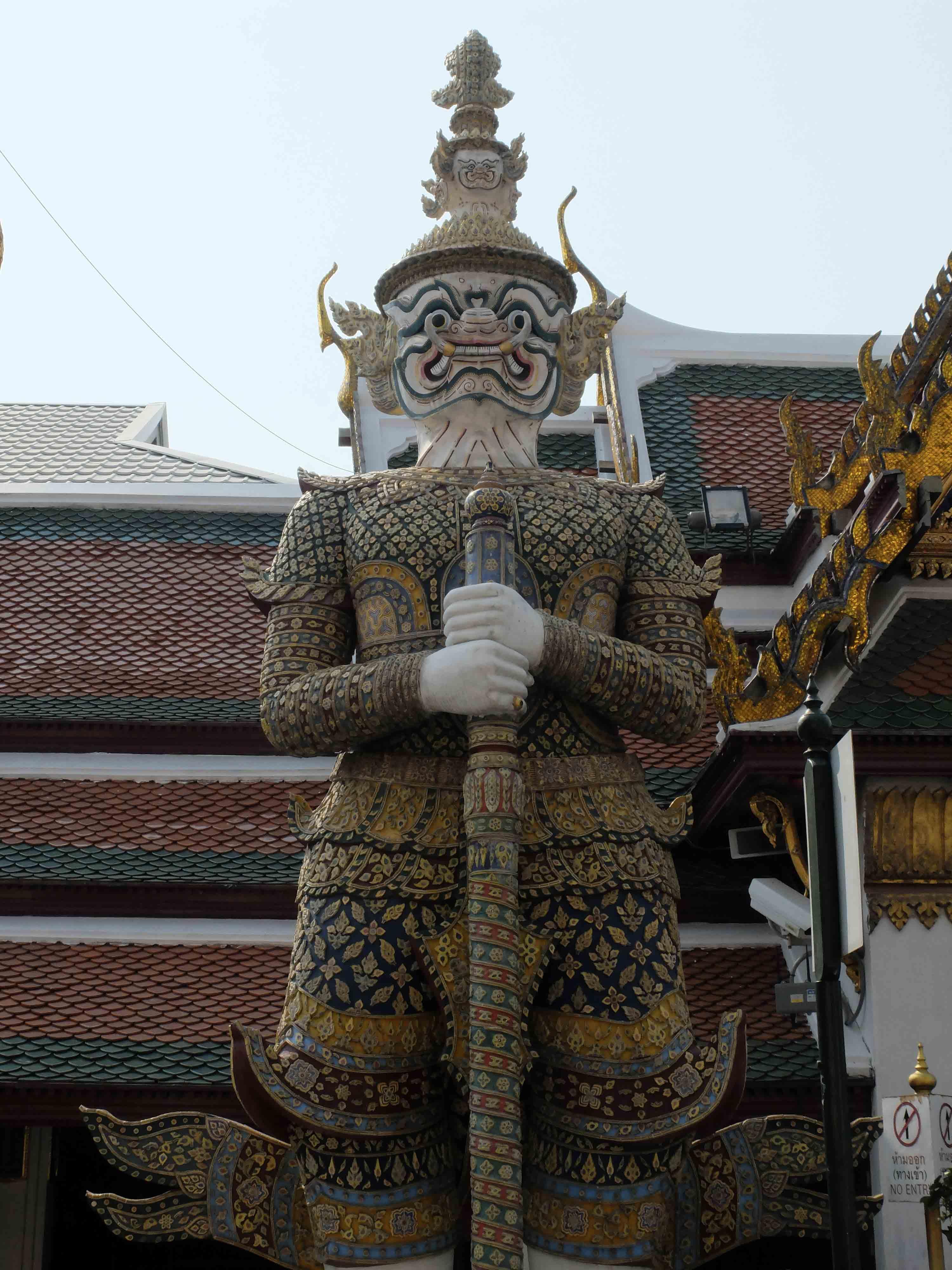 Gardiens-des-temples-Wat-Phra-Kaew-Bangkok-Thailande.jpg