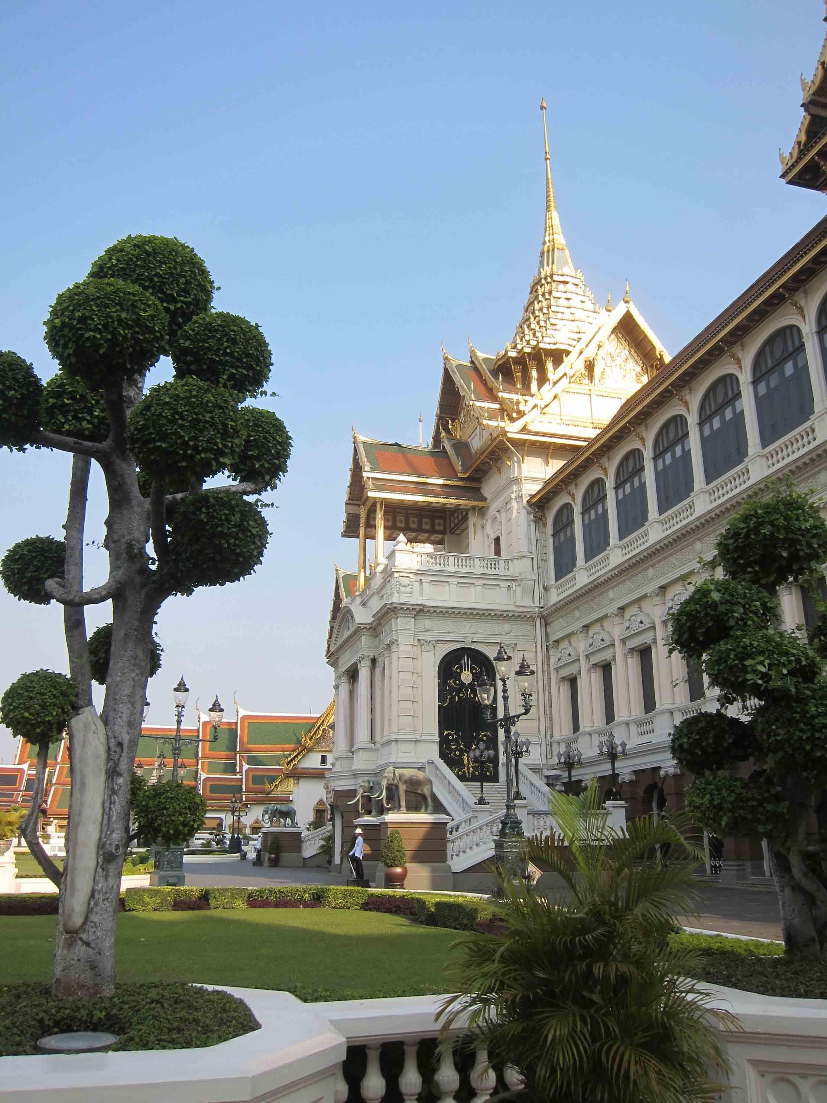 Grand-Palais-Bangkok-Thailande.jpg