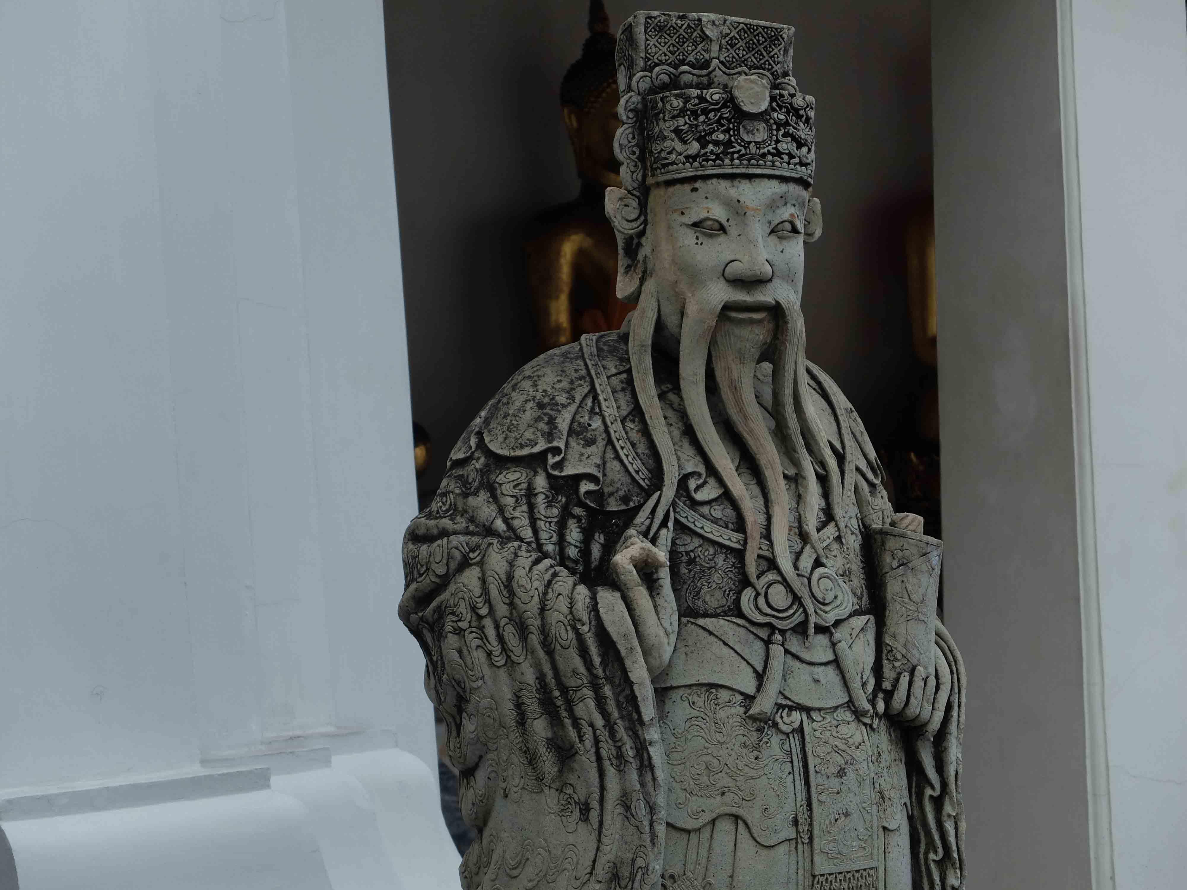 Sculpture-sage-chinois-Wat-Pho-Bangkok-Thailande.jpg