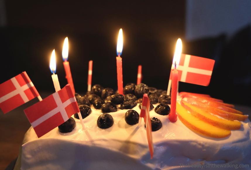Lagkage, Danish birthday cake / gâteau d'anniversaire danois